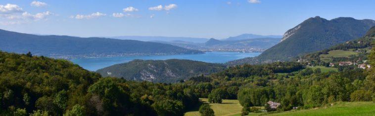 Welke campings liggen aan het meer van Annecy
