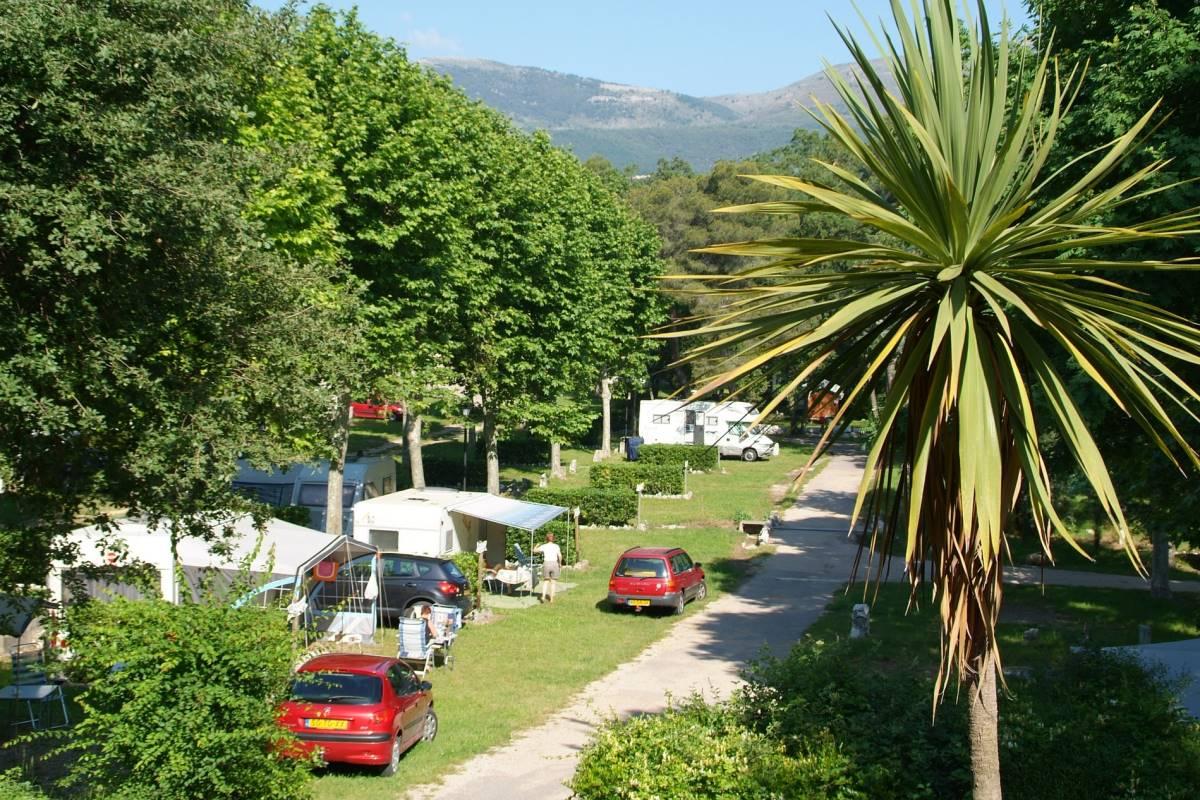 Grote camping met prive sanitiar aan de cote d'azur