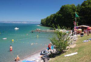 camping in frankrijk aan het meer van Geneve