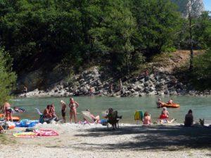 camping aan de rivier bij de Gorges du Verdon