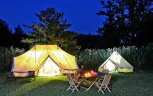 kamperen bij een kasteel in Frankrijk