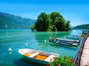 Campings rond het meer van Annecy