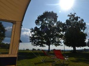 Kleine camping in Midden Frankrijk dichtbij een dorp met Nederlandse eigenaren